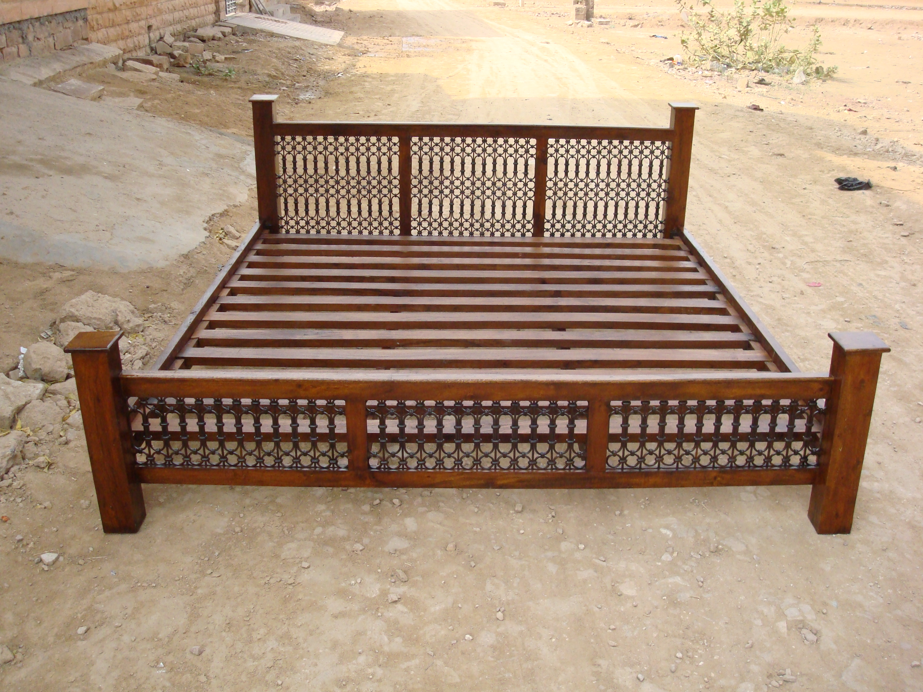 Indian wooden storage bed wooden double bed wooden beds from india sheesham wood beds jodhpur Wooden bed furniture